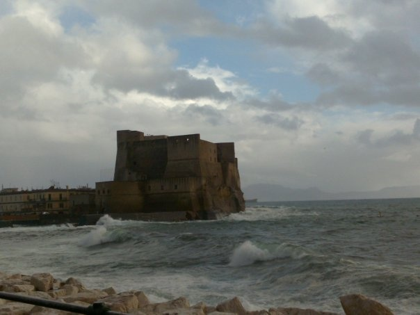 Castel dell' ovo a Napoli.  #Napoli #neaples #mare #sea