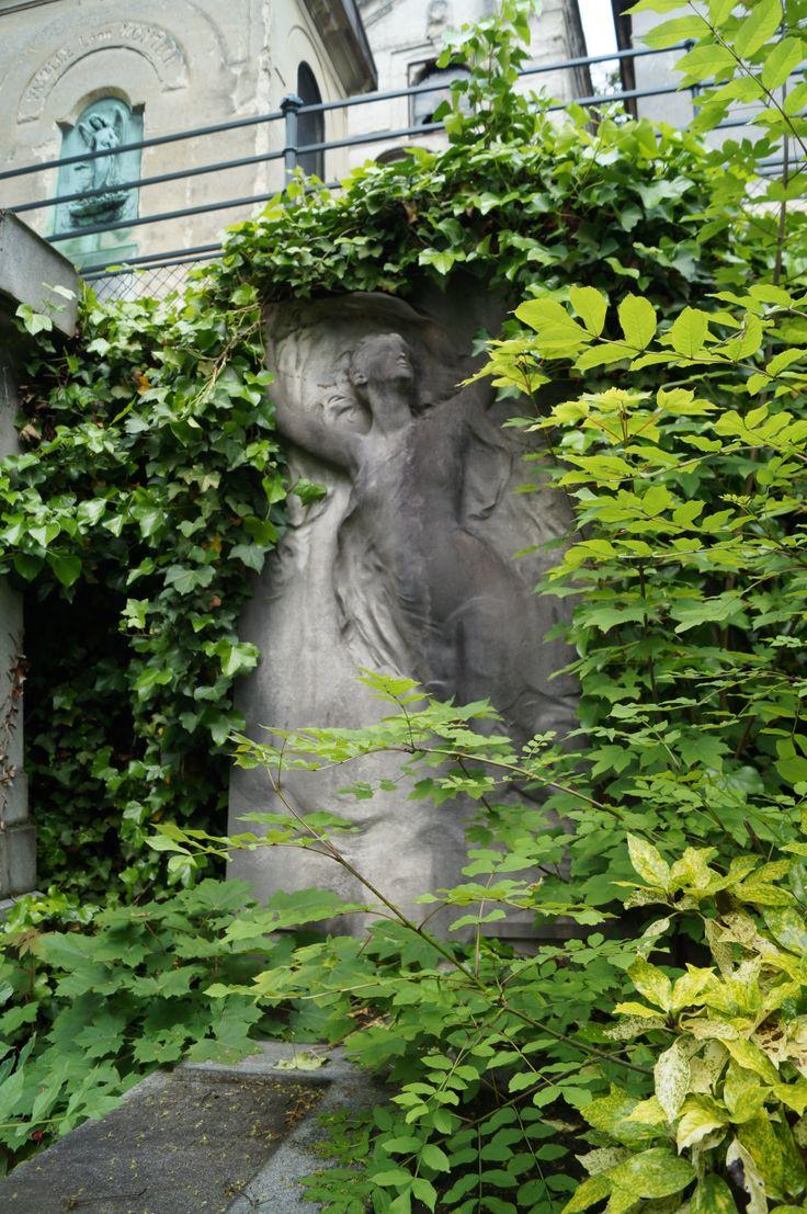 Foto tomada en Cementerio de Pere-Lachaise, París.