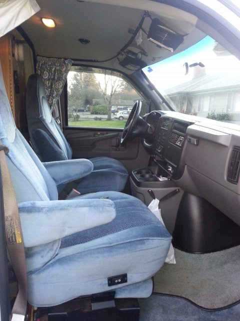 2004 Used Roadtrek 200 Popular Class B in Oregon OR.Recreational Vehicle, rv, 2004 Roadtrek Chevy Popular 200. 6.0 Liter Engine. Widebody offers more width on the inside. Tons of storage space. Outside storage space goes all the way thru from one side to the other under coach beds. Generator with 273 hours. 10K lb. trailer hitch. (I've never hauled anything but bikes). Continental Spare Tire. Flatscreen TV. DVD Player. Fridg, microwave. Everything you would find in a typical RT. 2 owners…