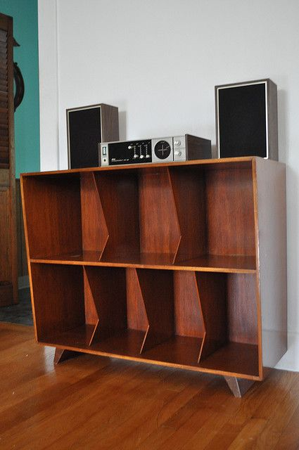 1000 images about record storage ideas on pinterest. Black Bedroom Furniture Sets. Home Design Ideas