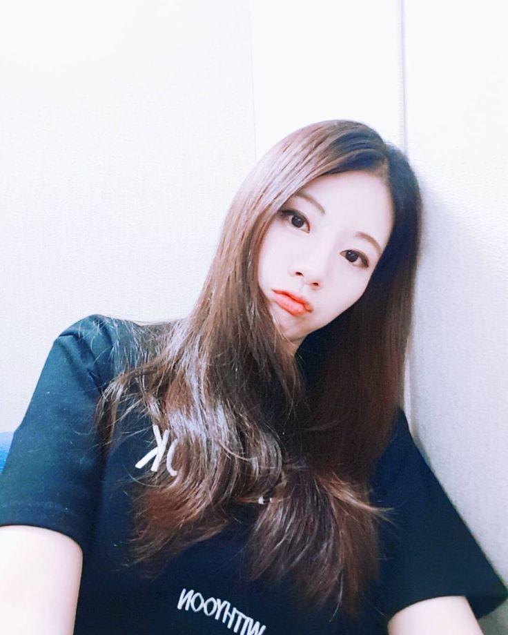 허리가 아프지만! 한다! 오늘 밤 10시, 유튜브 스트리밍 방송에서 만나요~ Tonight 10 P.M (based on Korea standard time), YouTube Live Streaming With my interpreter @planetrapstar ! See you soon!  #raonlee #이라온 #유튜브스트리밍