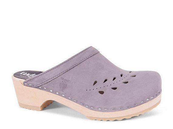 Zapatos Suecos  Zuecos de madera  Para mujer  Seoul por Sandgrens