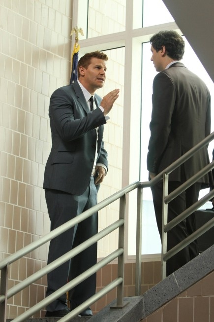"""Booth (David Boreanaz) & Sweets (John Francis Daley) in the """"The Past In The Present"""" episode of BONES."""