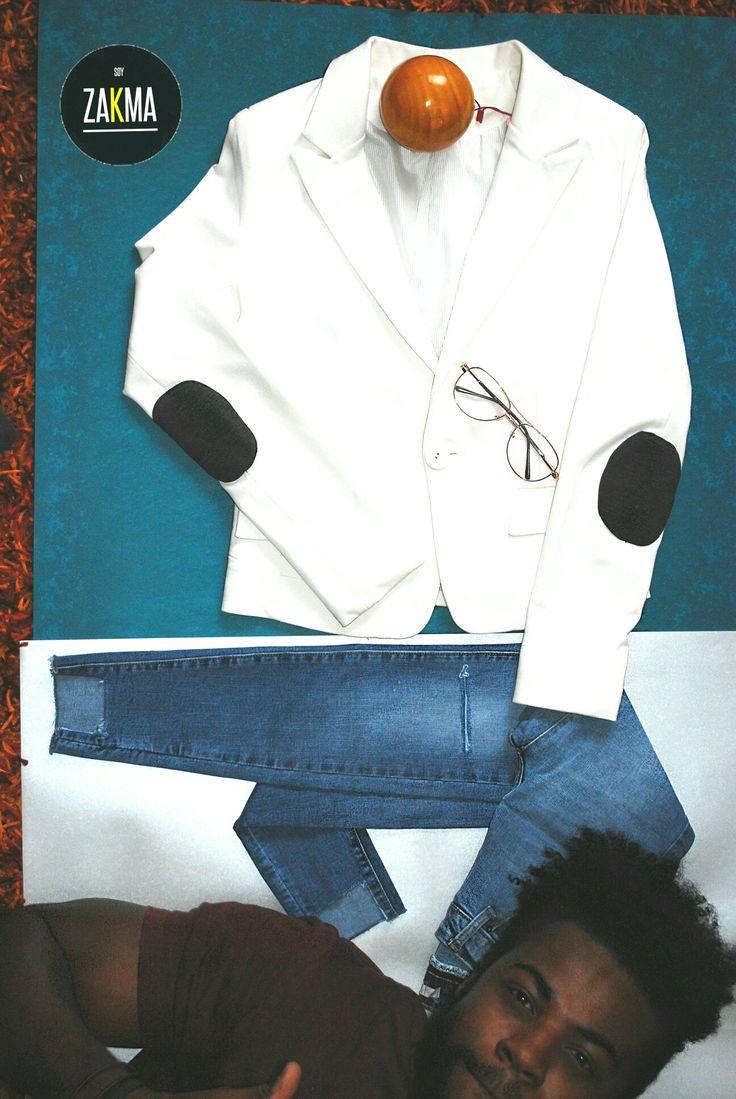 Blazer blanco / Jeans rotos