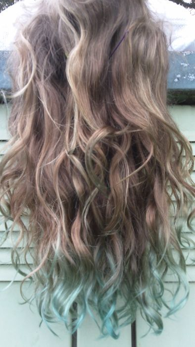 I'm doing the coloring at the ends to my hair this summer!