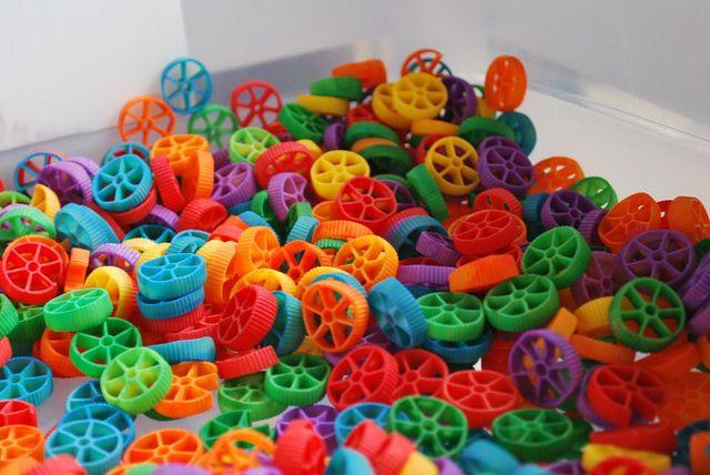 Rainbow pasta sensory box
