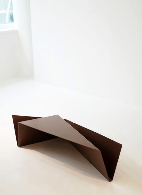 bending wood....interesting concept here......odd shape...seems impractical......consider same concept but somthingm more functional