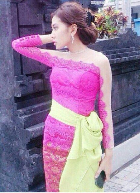 Kebaya bali pink_v