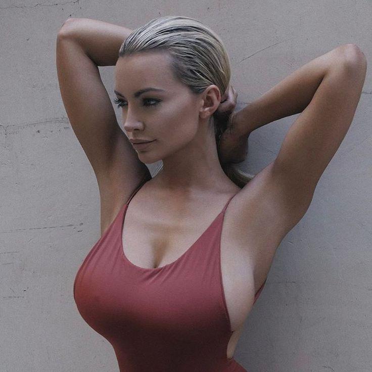 Naked woman art xxx oral sex