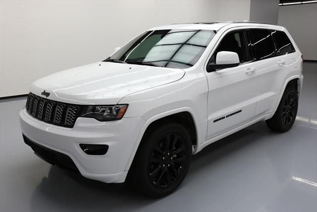 2017 Jeep Grand Cherokee 2017 Jeep Grand Cherokee Altitude Sunroof