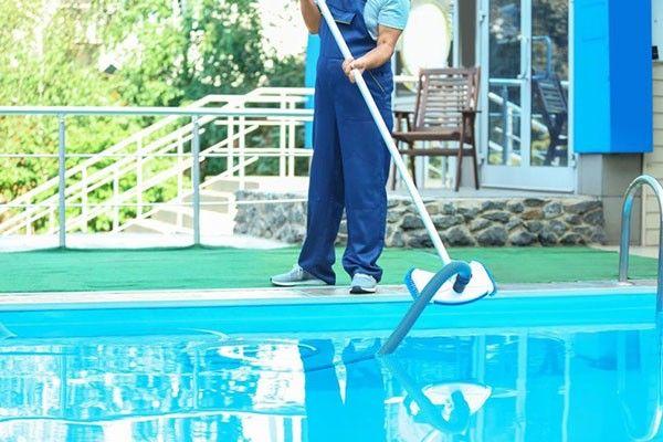 Pool Cleaning Healdsburg Ca In 2020 Pool Cleaning Service Pool Cleaning Cleaning Service