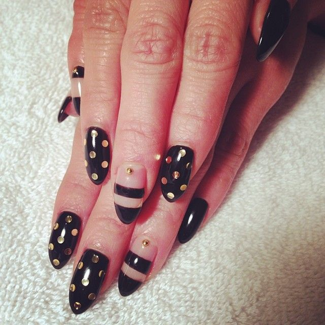 My new black and gold/stripe and dot nails! #calgel #manicure #nails