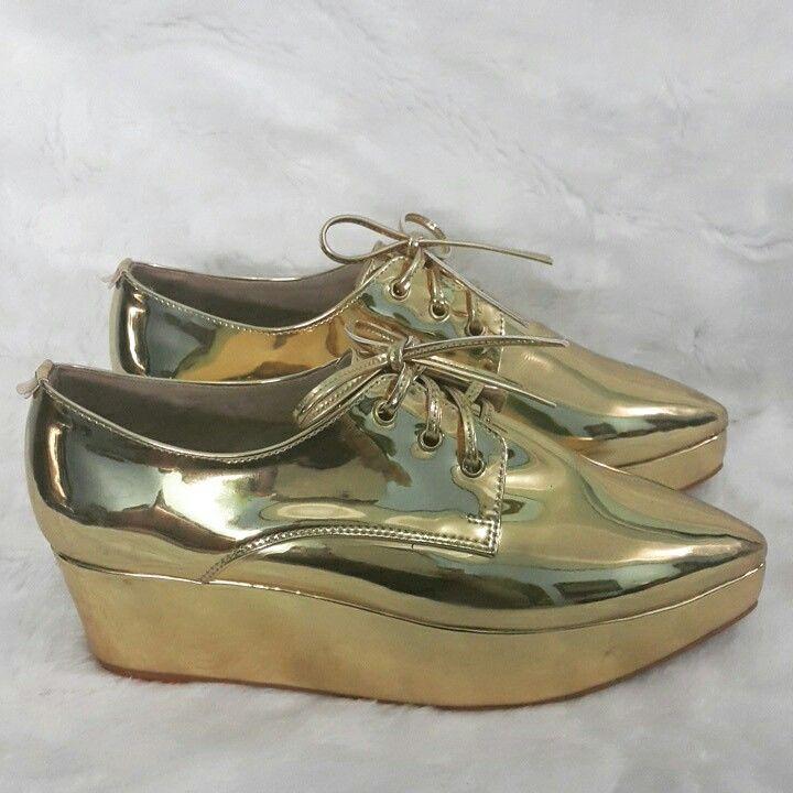 Gold metalic wedges
