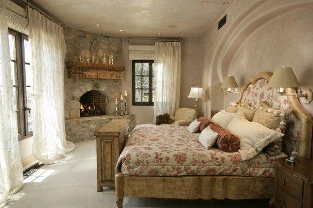 traditional romantic bedrooms   Romantic Bedroom Designs