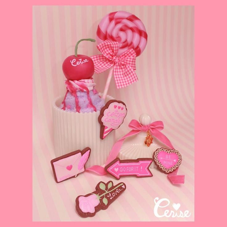 バレンタインなアイテムがたーっくさん入荷してきています . #cerisestore #toyme #candles #cerise