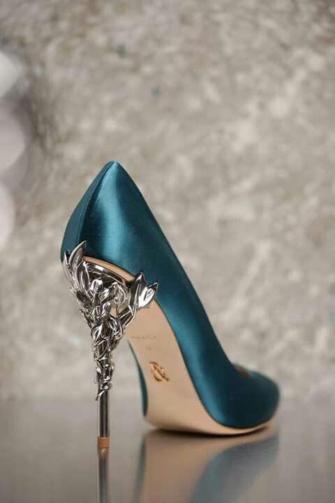 #shoes #fashion pinterest:@krmzrjm instagram:ozgeengn