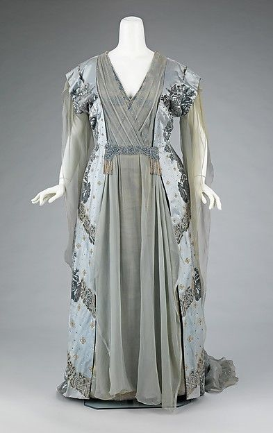 Tea gown Design House: House of Worth (French, 1858–1956) Designer: Attributed to Jean-Philippe Worth (French, 1856–1926) Designer: Attributed to Jean-Charles Worth (French, 1881–1962) Date: ca. 1910 Culture: French Medium: silk, rhinestones, metal