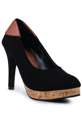 THIS IS AN INVESTMENT!! NAEVA Avery Heels Classic Black