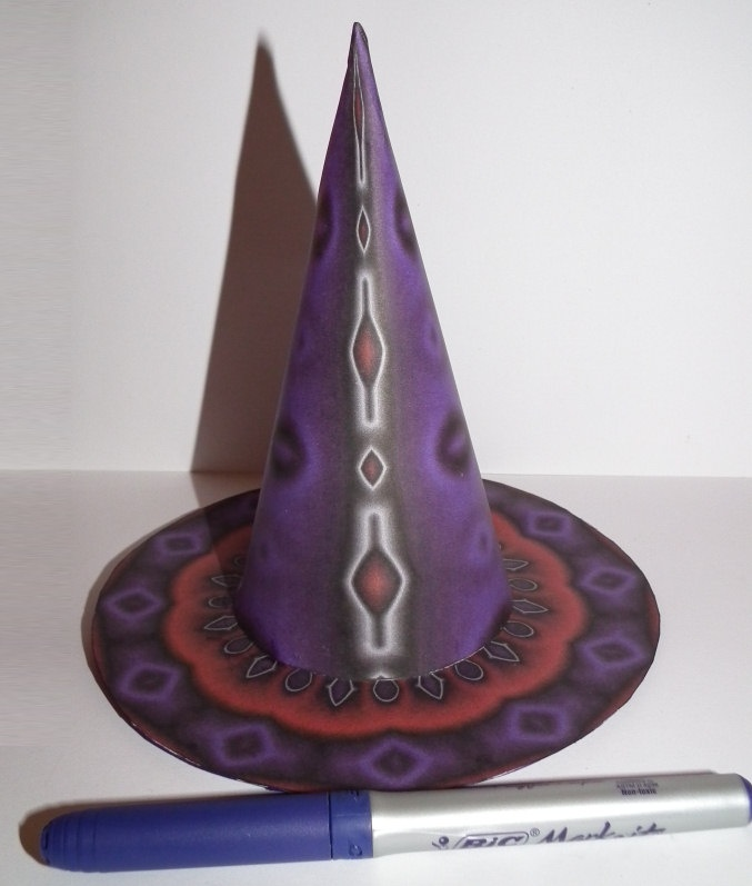 Construction Paper Witch Hat