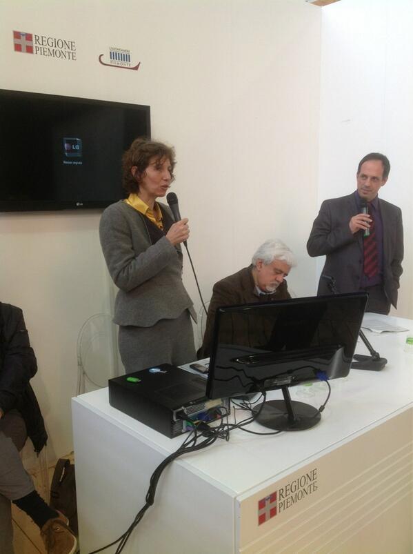 A #piemontefree #vinitaly2013 si parla di progetto Vin'Alp #savoia #torino pic.twitter.com/0SLDQ9cqRQ