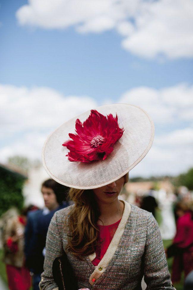 Чудо-шляпки гостей на свадьбе. #шляпка #девушка #spainwedding #свадьба14072016 #spain #иринасоколянская #wedding #свадебныйраспорядитель #weddingplannerspain #свадьбависпании