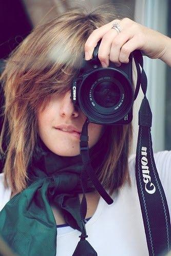 Fotografos: tenemos colaboradores fotografos en diferentes puntos del pais. Ellos pueden hacer fotografias profesionales de tu establecimiento, de tus productos o de ti para tu web o tienda online. Todo ello por trueque.