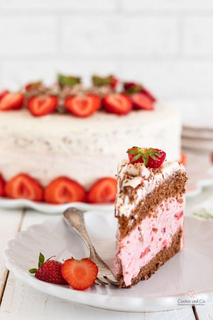 Erdbeertorte Mit Yogurette Sommertorte Cookie Und Co Kuchen Und Torten Erdbeertorte Einfach Kuchen Und Torten Rezepte