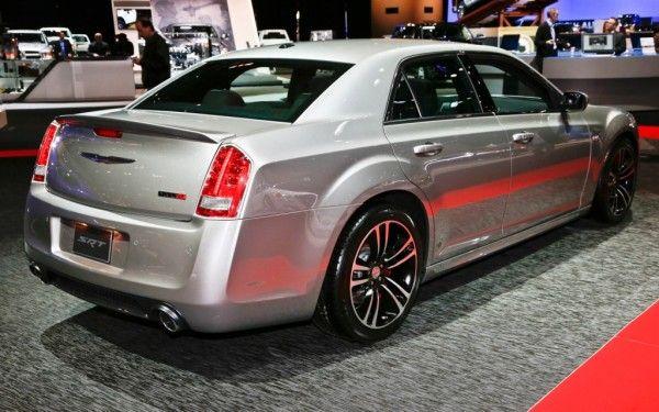 2014 Chrysler 300 SRT8 | TopIsMagazine