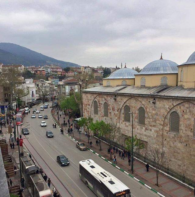 11 Ayın Sultanı Ramazanda Bursa Ulucami... @bendenbirkare @turkiyedenkadrajlar #europe #turkey #bursa  #osmanli #ottoman #gezginler #travel  #art #history #sanat #tarih #discoverturkey #храм #adventure #photooftheday #tourism #hurriyetseyahat #turkeyhome #traveller #travelling #tourist #европа #турция #бурса #изник #мечеть #ислам #туризм #путешественник #фотодня http://turkrazzi.com/ipost/1524800172671841972/?code=BUpLa2ljza0