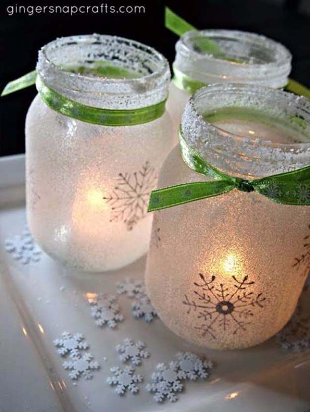 Awesome DIY Christmas Home Decorations and Homemade Holiday Decor Ideas - Quick and Easy Decorating ideas, cool ornaments, home decor crafts and fun Christmas stuff | Crafts and DIY projects by DIY Joy | Holiday Jar Luminaries | http://diyjoy.com/diy-christmas-decor-holiday-decorations
