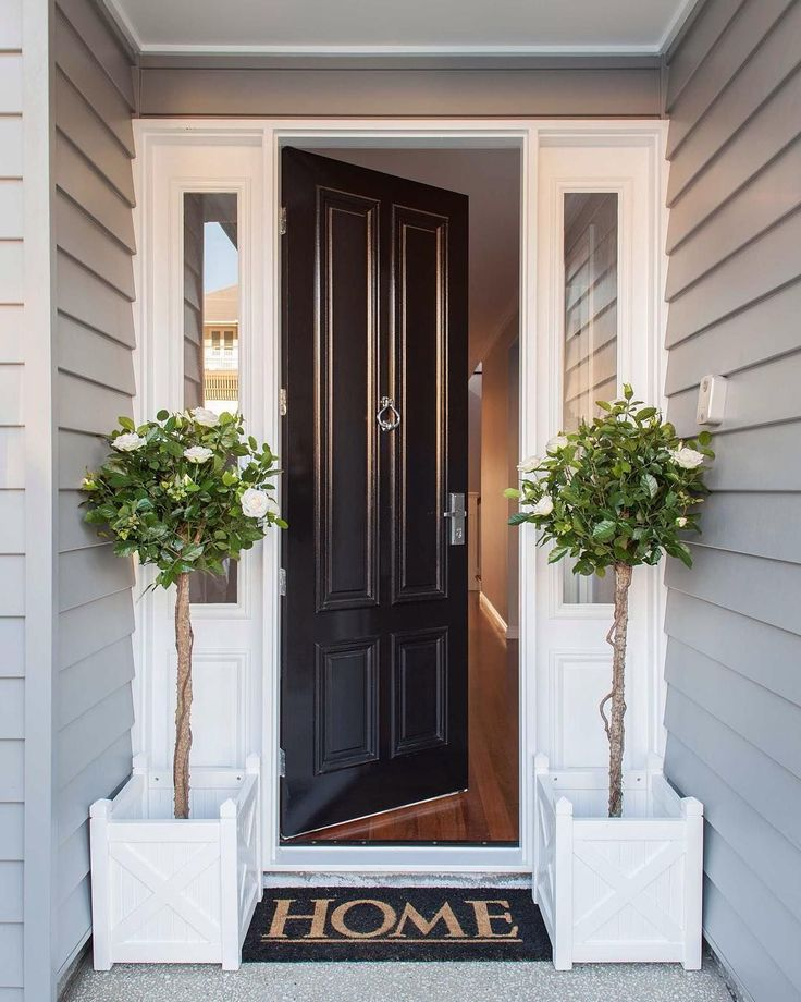 Black Door And White Moldings👍🏼 Welcome Home To This Classic Hamptons  Style Front Entrance. Design, Build, Decorating U0026 Image By