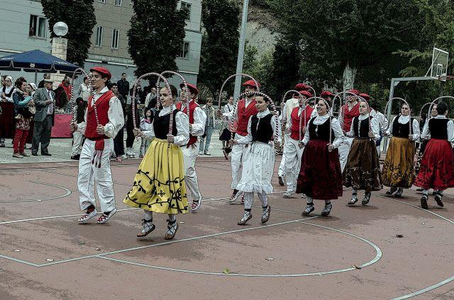 cosasdeantonio: Dantzaris en Echavacoiz - Año 2016