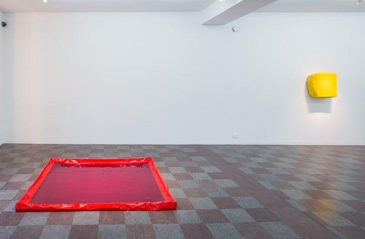 Installation shot Angela de la Cruz, Vacant, Wetterling Gallery, 2014