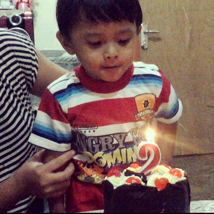 Kevin 2nd bday, so cute ; 09/09/14