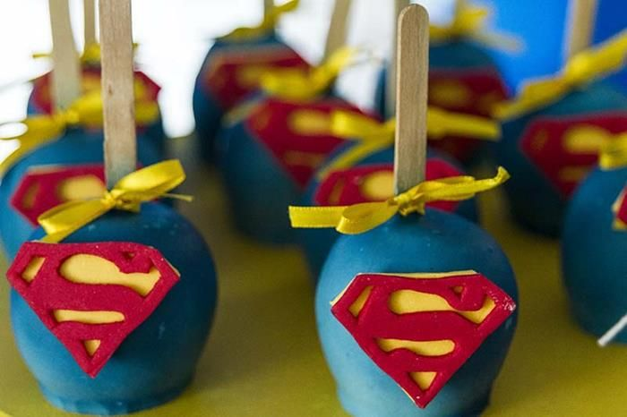 superman food ideas | Superman Birthday Party Planning Ideas Supplies Idea Clark Kent Cake