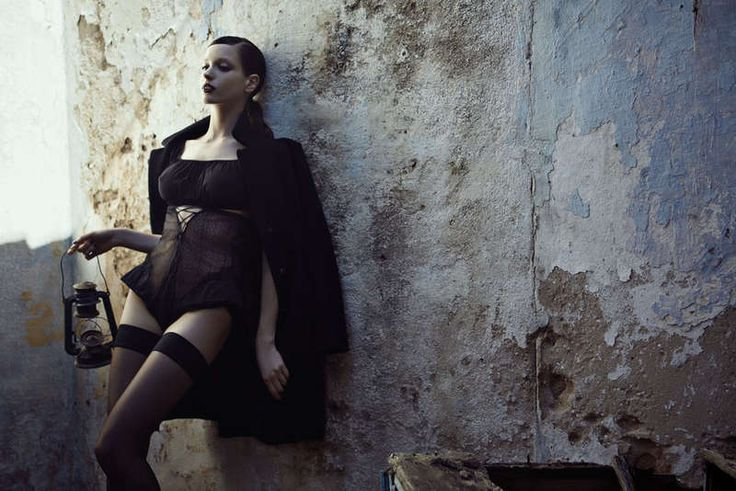 Seductive Shipwreck Photography : Amina by Fulvio Maiani