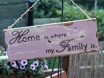 Holzschild:Home is where my family is  - ein Designerstück von Linda-Thom-Lillis-Handcraft bei DaWanda