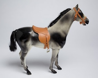 I loved this grey Sindy horse so much