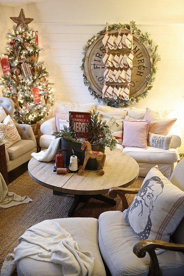 25 bsta iderna om Cottage christmas p Pinterest