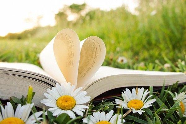 Mit olvassunk? Fókuszban a nő – márciusi könyvajánló