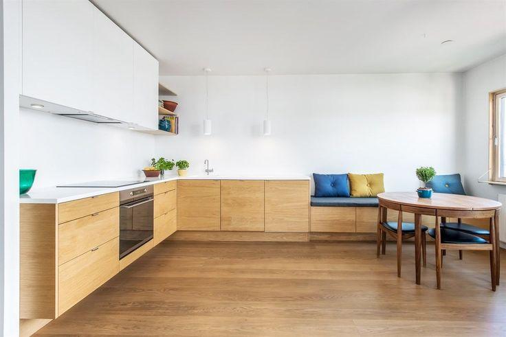 FINN – ENERHAUGEN: Flott arkitekttegnet og gjennomgående leilighet med gode solforhold og fantastisk utsikt!