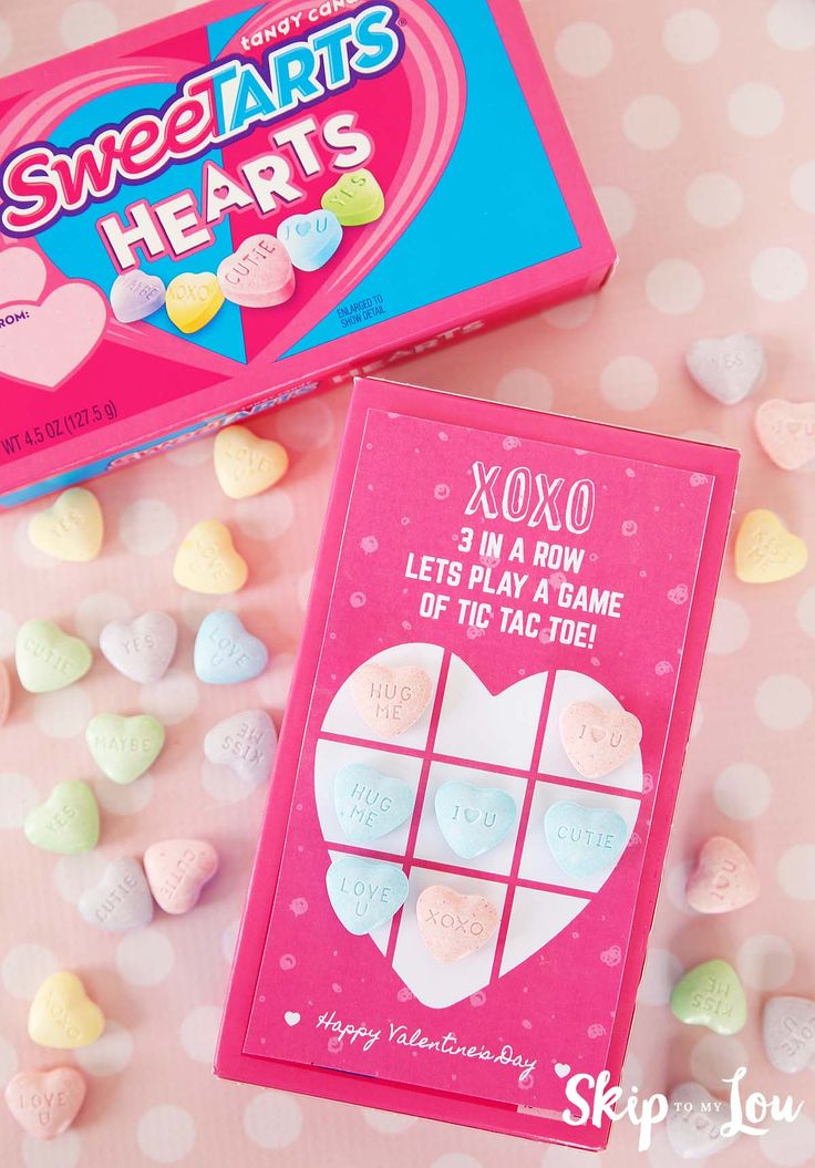 Tic tac toe printable Valentine! Perfect to pair with a sweet tart hearts box for a sweet Valentine's Day for boys and girls.