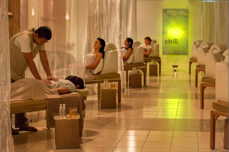 Chill is rapidly making on to everyone's 'must do' list whilst in Bali.  Have you experienced a treatment yet in Chill?  Step inside and get ready to relax and chill out in the coolness of Chill!