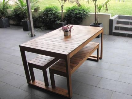 Australian made hardwood timber outdoor setting brand for Outdoor furniture gumtree