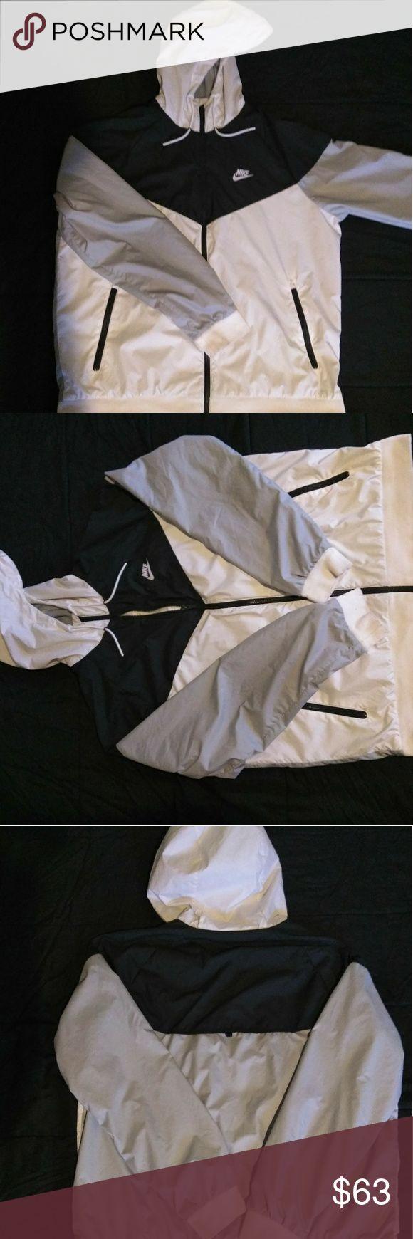 Nike XL zip-up hoodie Nike size XL black grey and white zip up hoodie Nike Jackets & Coats Windbreakers