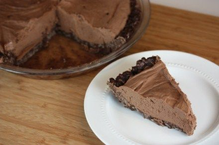 No bake cheesecake with gluten free crust- This is a dessert anyone will love even if they are not gluten free!: Gluten Free Chocolate, Gluten Free Desserts, Delectable Desserts, Desserts Yum, Decadent Desserts, Gaps Paleo Scd Gluten Free, Chocolate Cheesecake, Delicous Desserts, Gluten Free Df Paleoish