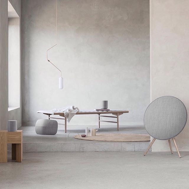 MENU | Align Daybed on B&O Play