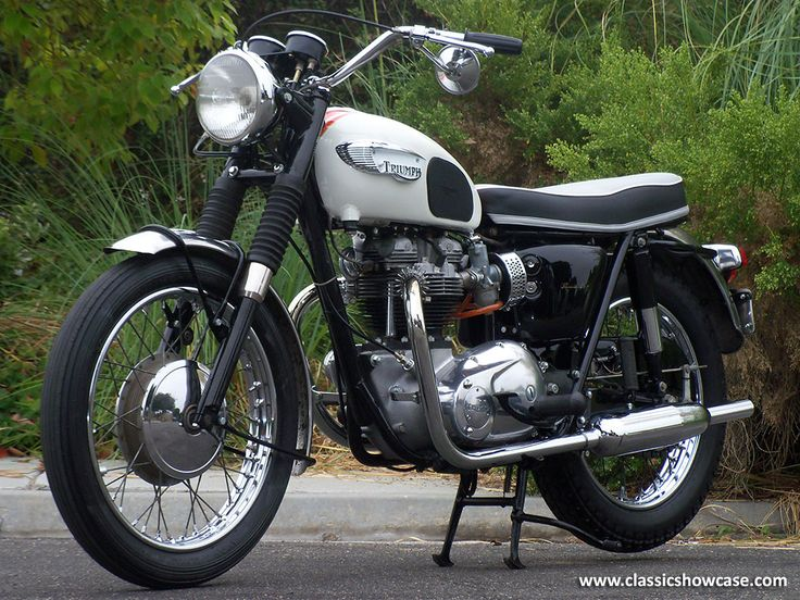 Old Triumph Motorcycles for Sale | Copyright © Classic Showcase 2013, All rights reserved