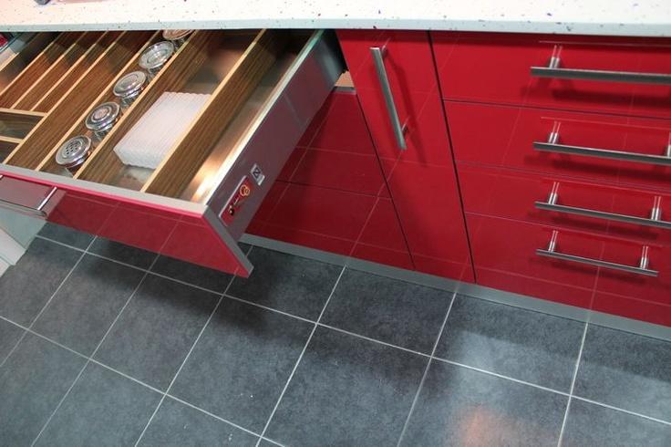Diseno de cocinas dise o de cocinas en cobena cocina - Modelo de cocinas modernas ...