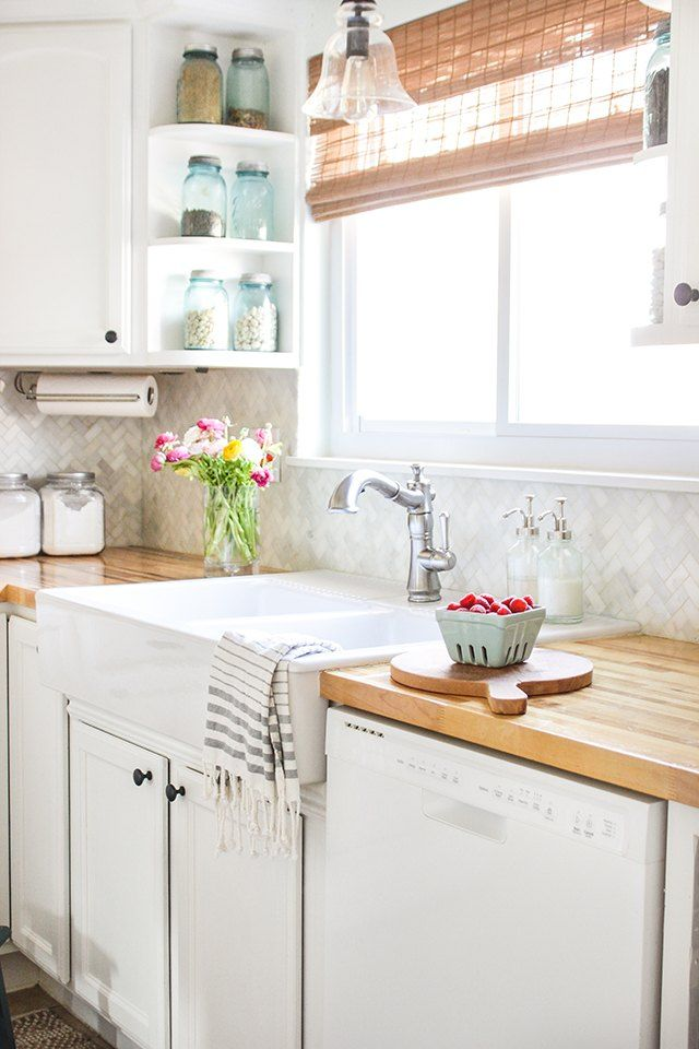 17 Best Ideas About Small Kitchen Makeovers On Pinterest